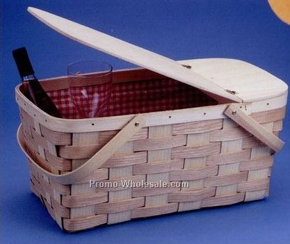 Peterboro Family Picnic Basket W/ Serving Tray Top