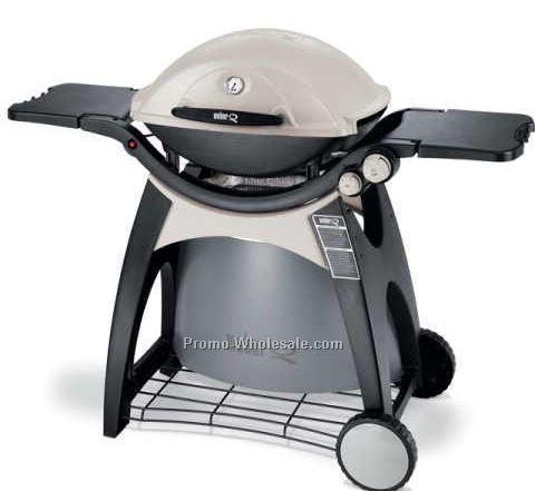 Weber Grills Discount Weber-Stephen Products LLC, an American company, known for its line of barbecue grills, known as Weber Grills. Along with their iconic charcoal grills, Weber manufactures gas grills, smokers, portable grills, and grilling accessories.