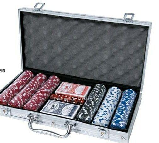 Poker chips set up