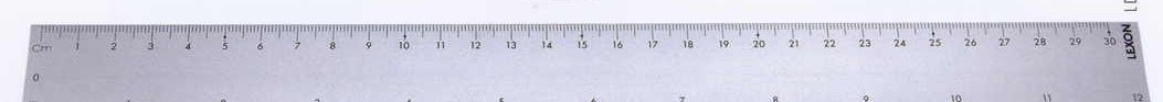 Sep 30, · The answer is inches (approx.). Inches and centimeters are both units of linear measurement. Inches are used in the imperial system whereas centimeters are .