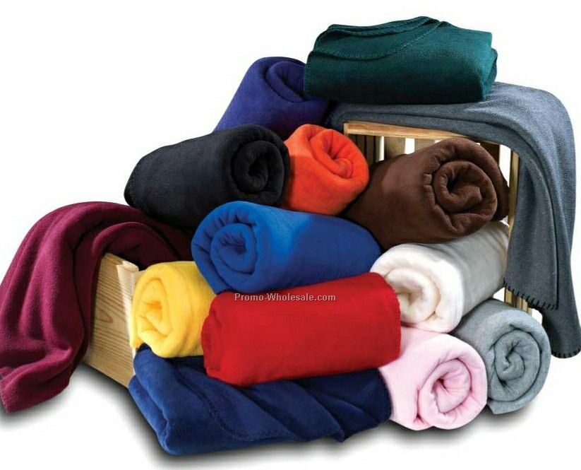 "Wolfmark 50""x60"" Royal Blue Fleece Full Throw Blanket"