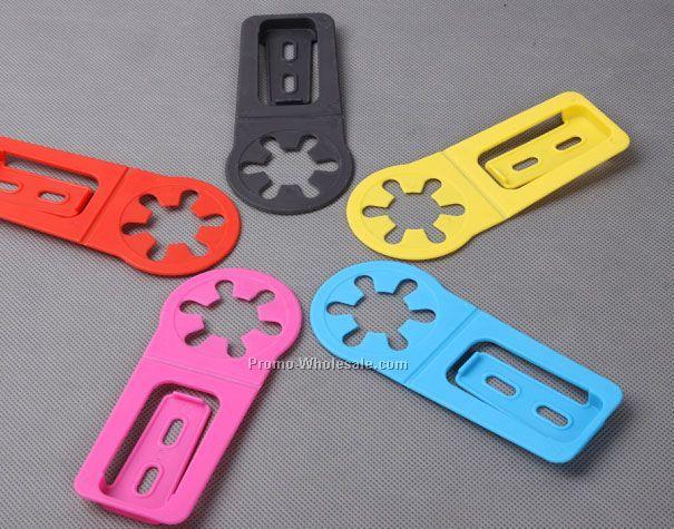 plastic clip bottle holder
