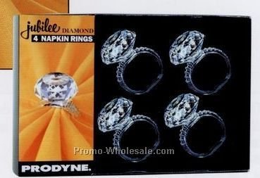 Metalla 4 Piece Acrylic Diamond Napkin Ring Set