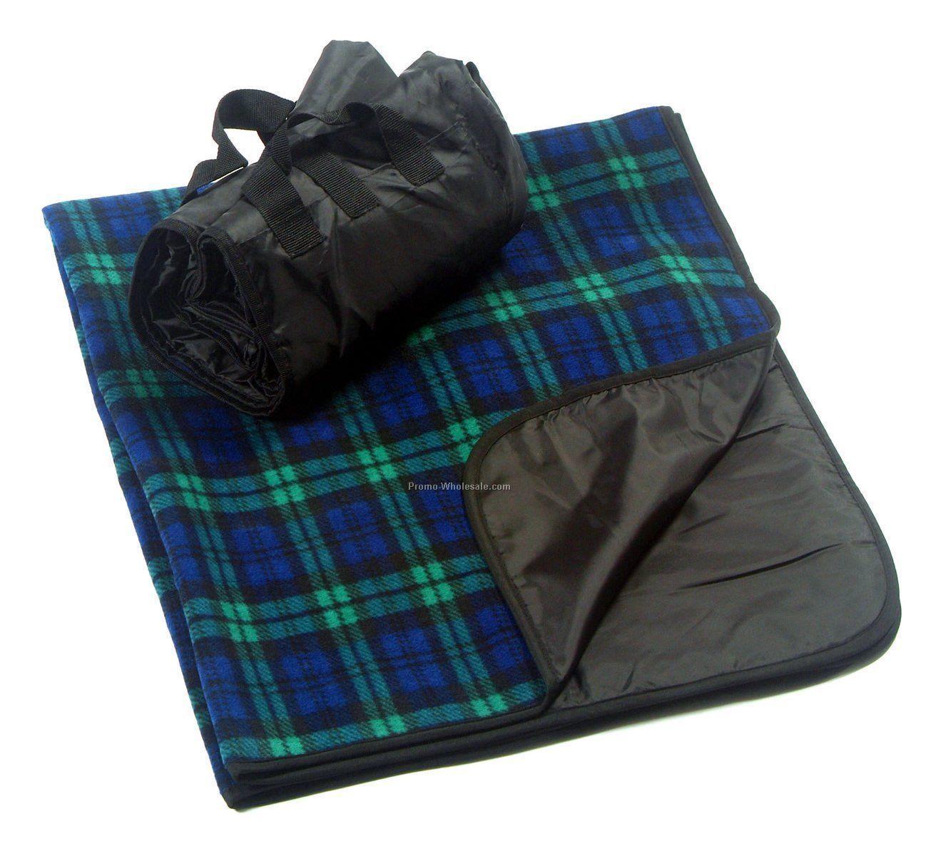 Fleece Picnic Blanket With Nylon Backing - Plaid