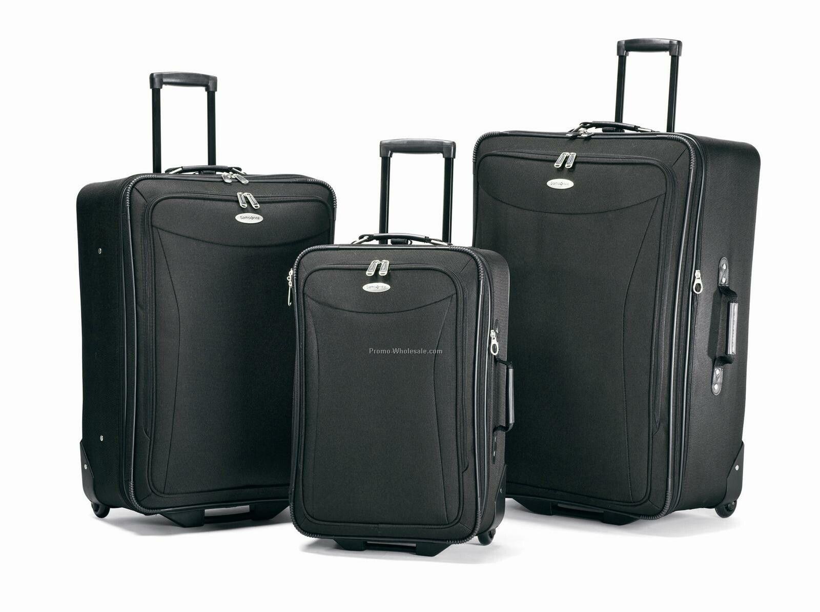 Tessera 3 Pc. Set Luggage