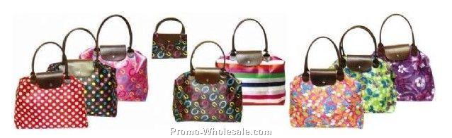 Plastic handle foldable shopping bag