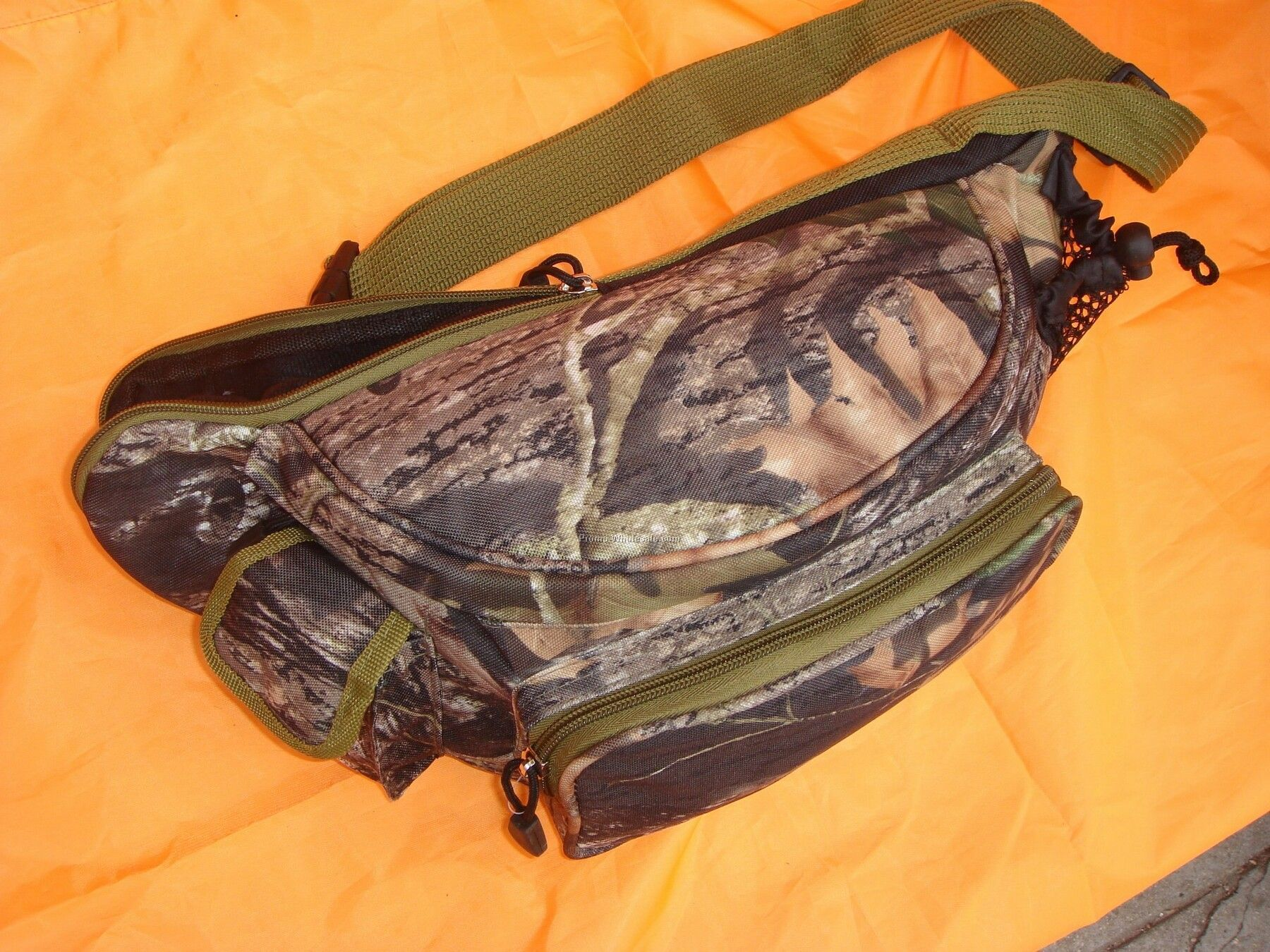 Mossy Oak Fanny Pack With Gun Carrier Inside