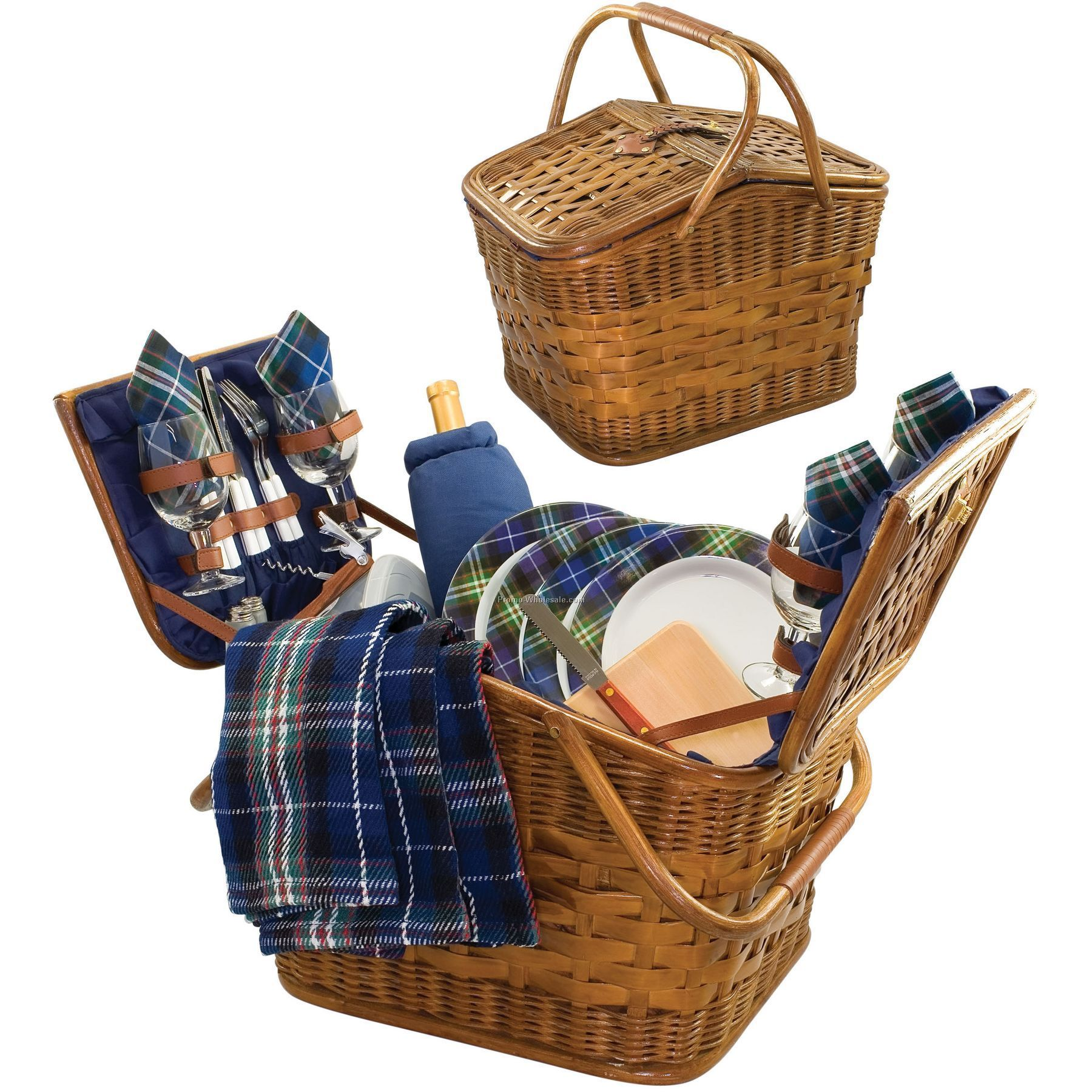 Cambridge Picnic Basket With Deluxe Service For 4