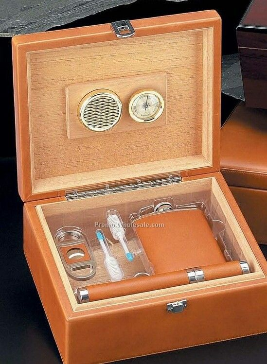 Tan Leather Humidor With Flask, Cigar Cutter & Tube 5 Piece Set (60 Cigars)