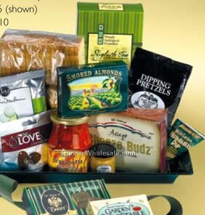 Savory Selections Gift Basket (6-person Service)