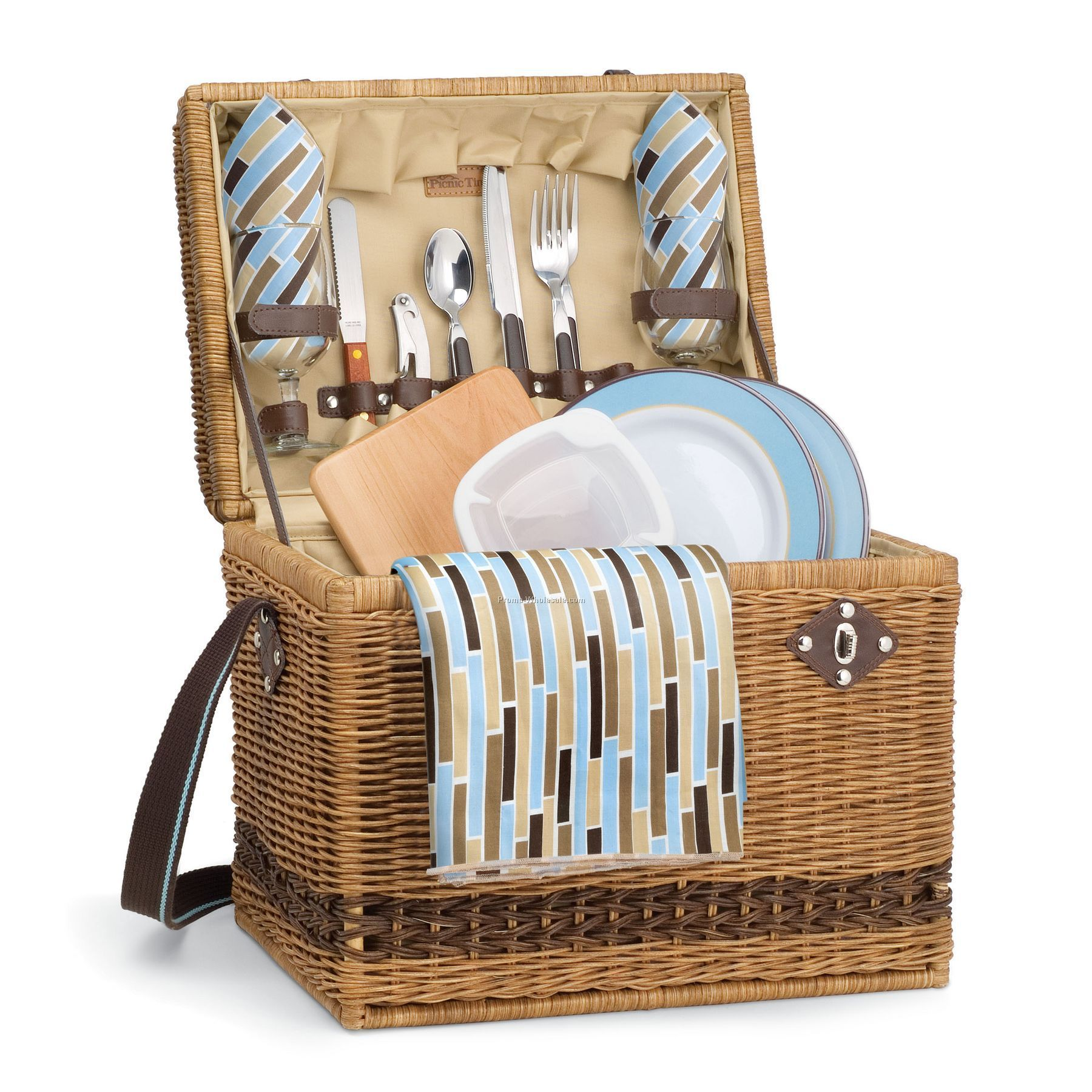 Yellowstone - Driftwood Picnic Basket With Deluxe Service For 2