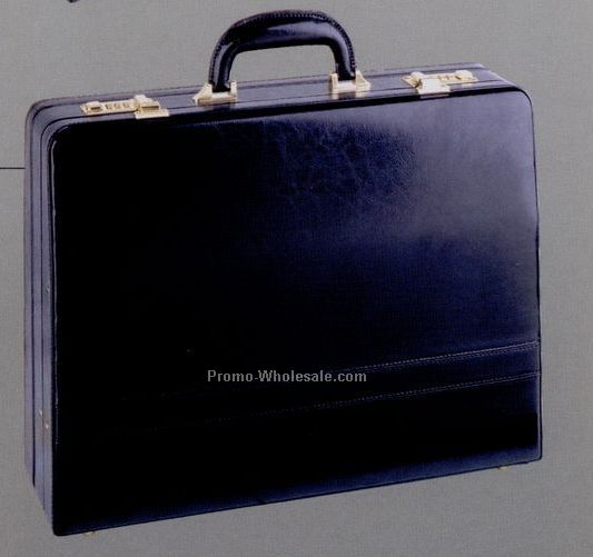 "17-1/2""x13""x5/6"" Continental Attache"