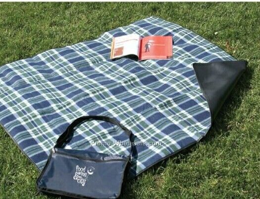 Plaid Fleece Blanket With Blue Backing And Case (Unprinted)