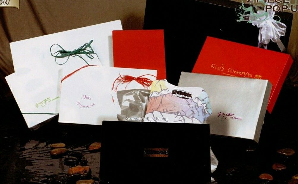 Red Gloss Apparel Boxes