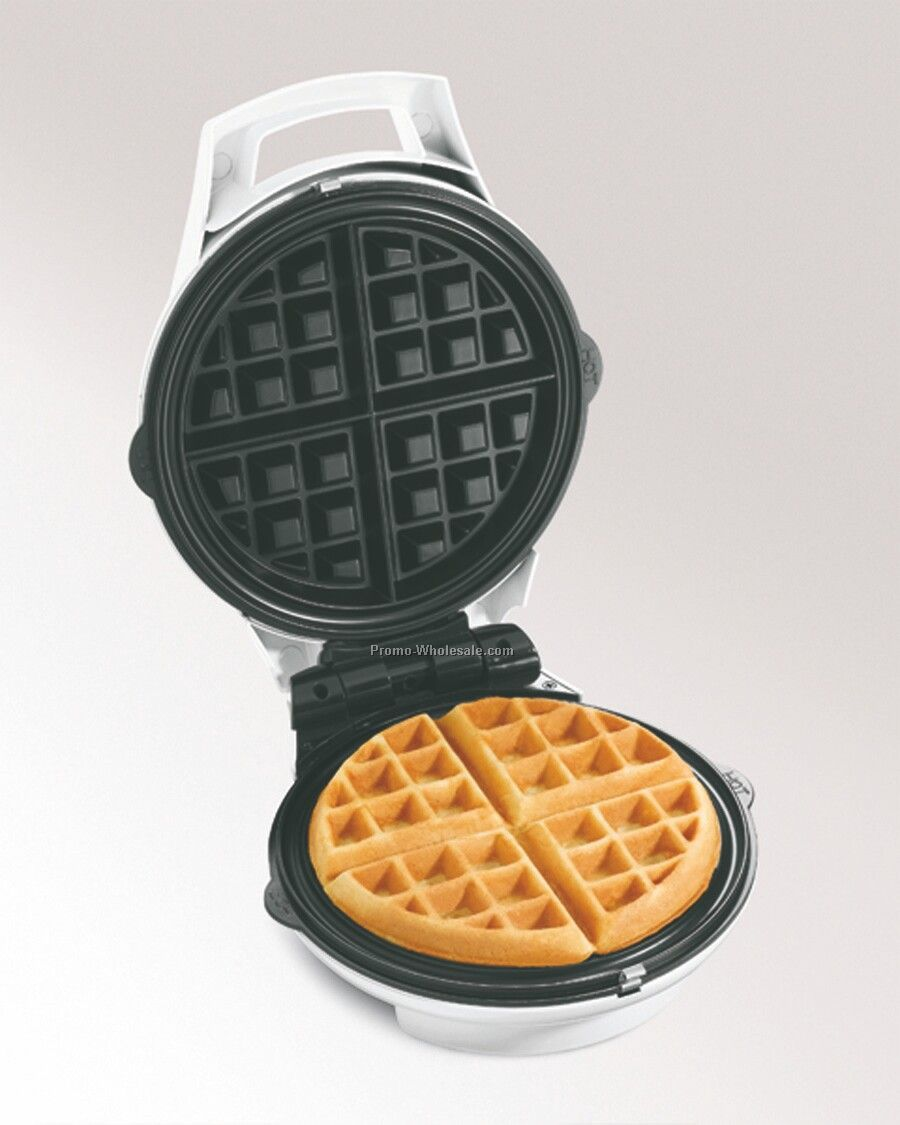 Hamilton Beach Round Belgian Waffle Maker, Removable Grids